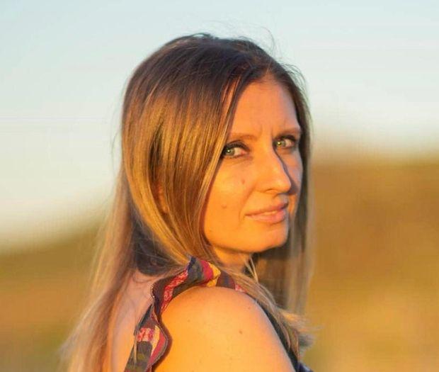 Pamela Camelia